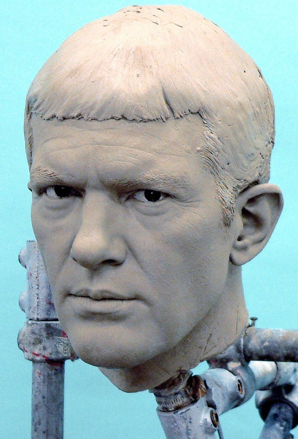 Portrait sculptor Antonio Banderas