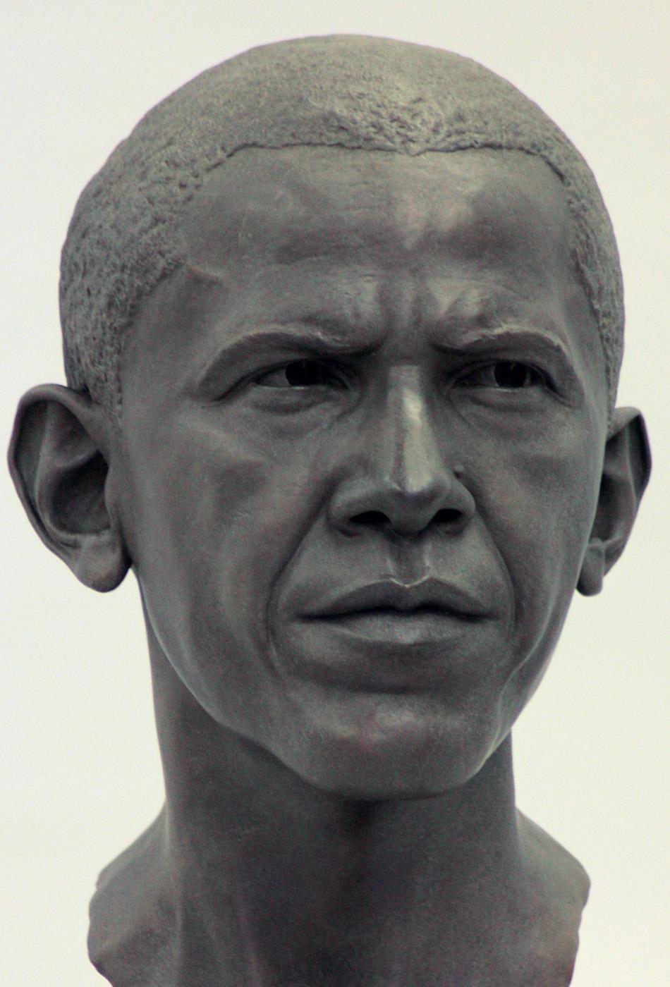 Portrait sculptor Barack Obama