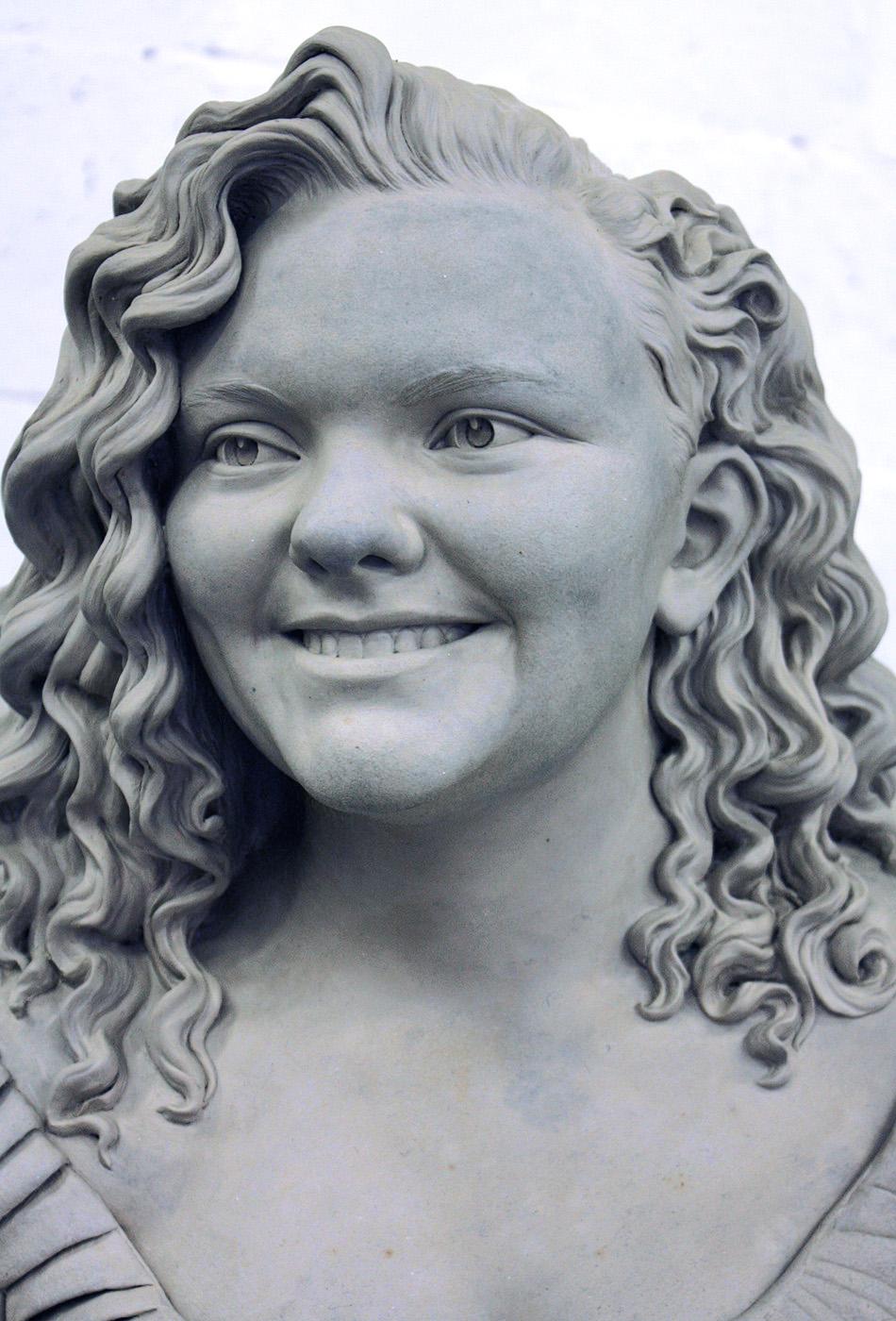 Portrait sculptor Bronte Elliot