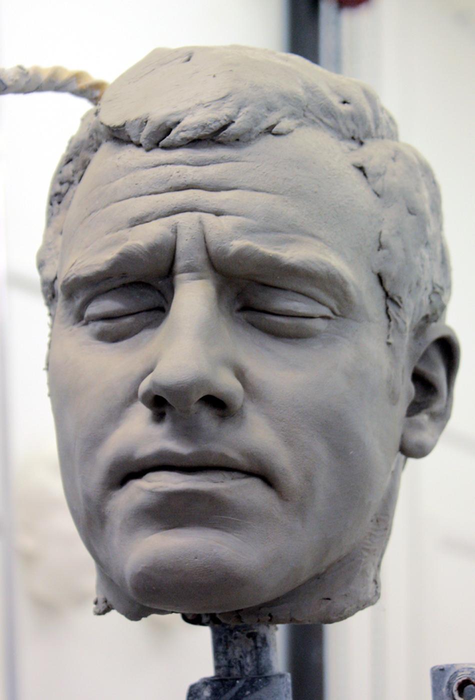 Portrait sculptor Fire fighter