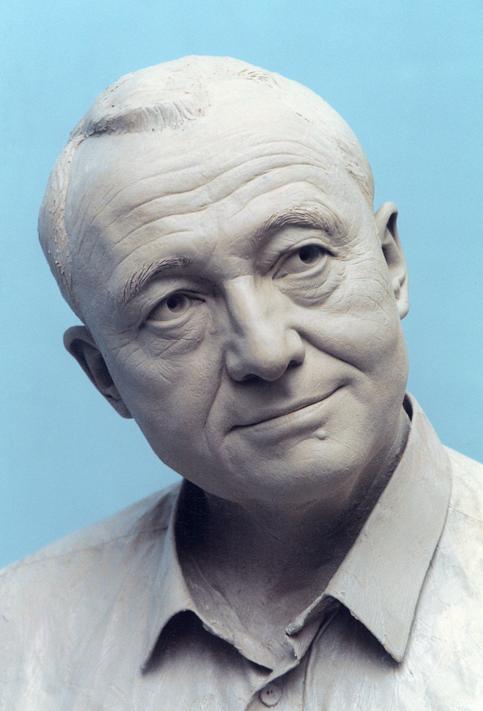 Portrait sculptor Ken Livingstone