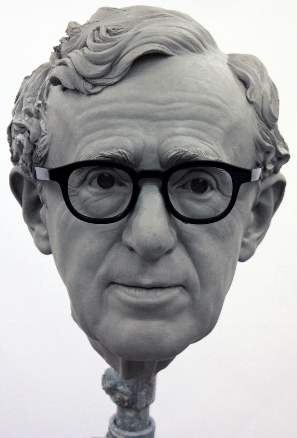 Portrait sculptor Woody Allen